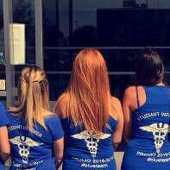 Etudiantes Infirmières et Solidaires #BlueTeam #ESI34